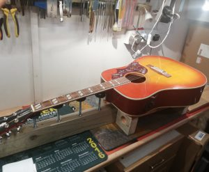 Image of Epiphone Guitar set-up for Google Search engine